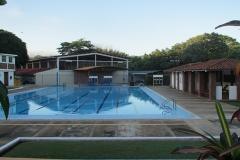 20130729-elisa-schwimmbad