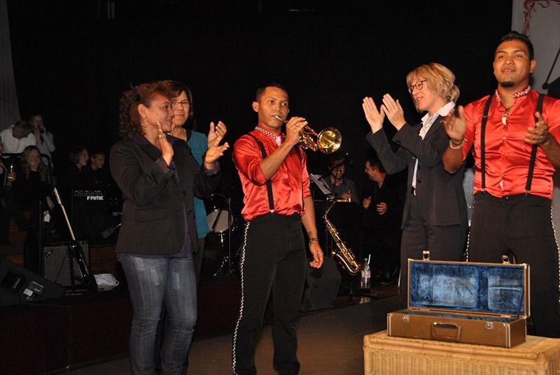 Circusfest-Elmer-Ruiz-spielt-Viva-Colonia