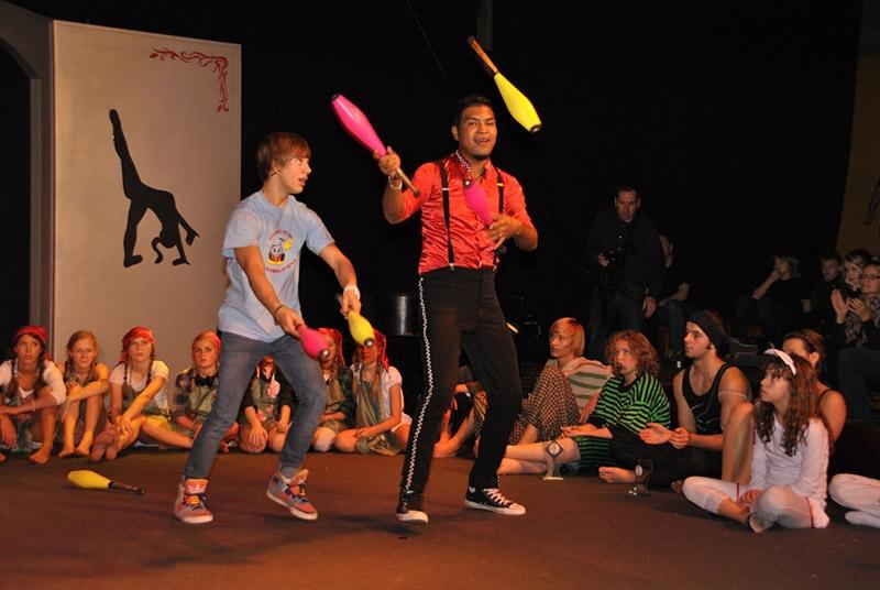 R-11-Circusfest-SA-R-424